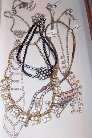 Retro Rhinestone Necklace
